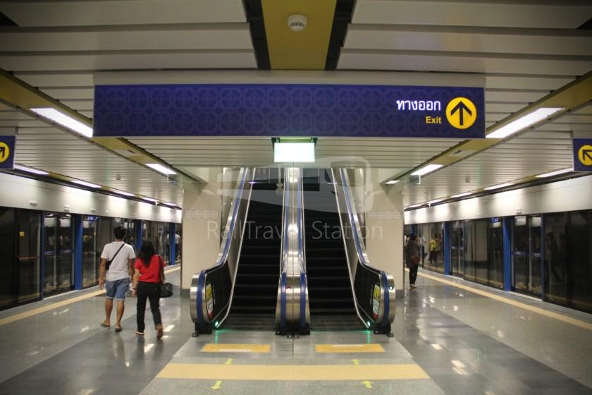 MRT Blue Line Hua Lamphong Tha Phra Extension 068