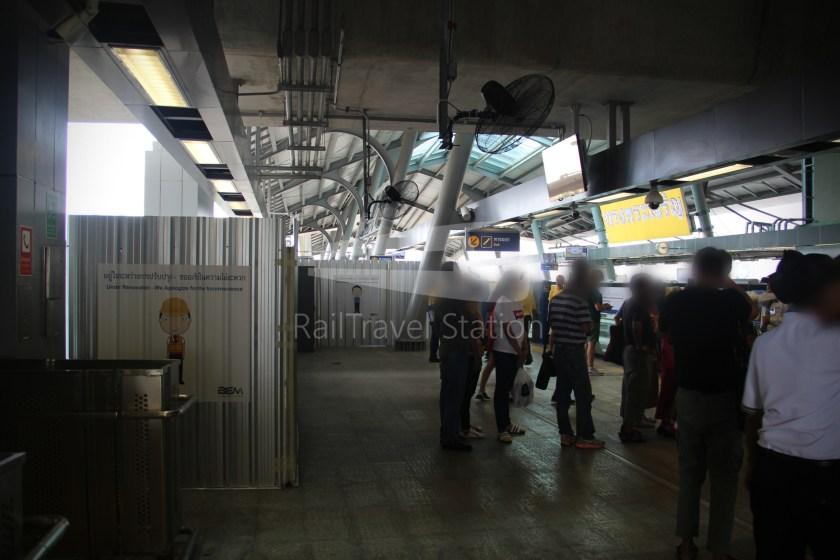 MRT Blue Line Hua Lamphong Tha Phra Extension 092