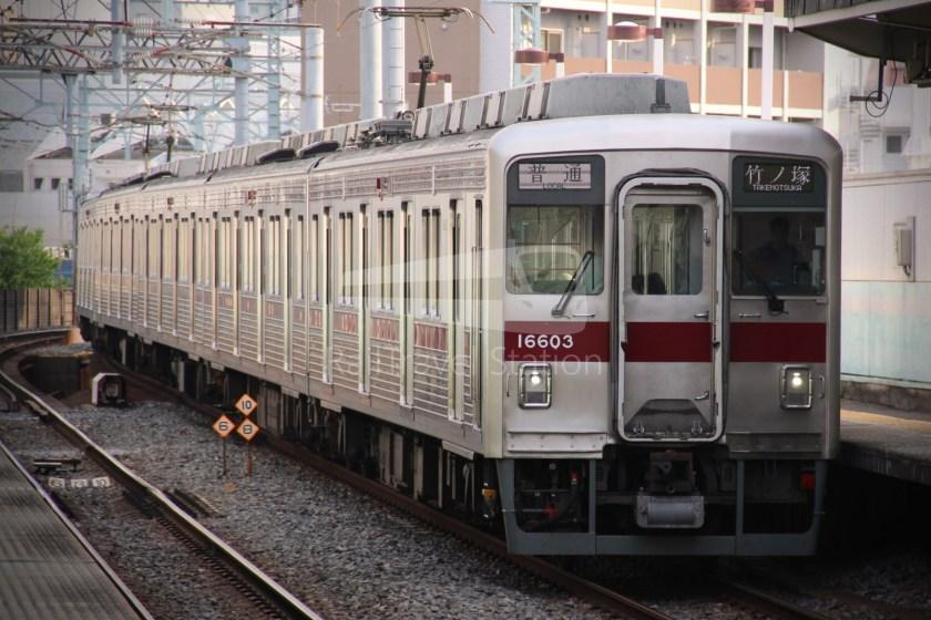 Tobu Skytree Line Local Higashi-Mukojima Asakusa 011
