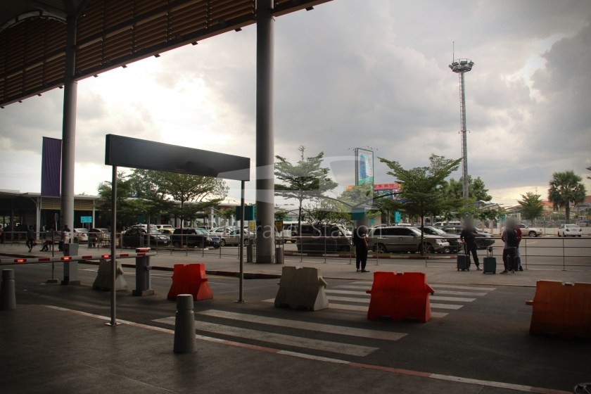 Airport Shuttle Train AIRPORT-PP 1635 PM Airport Phnom Penh 004