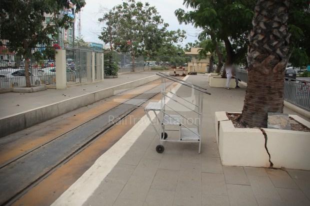 Airport Shuttle Train AIRPORT-PP 1635 PM Airport Phnom Penh 014