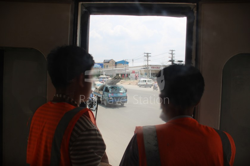 Airport Shuttle Train Airport Phnom Penh 41