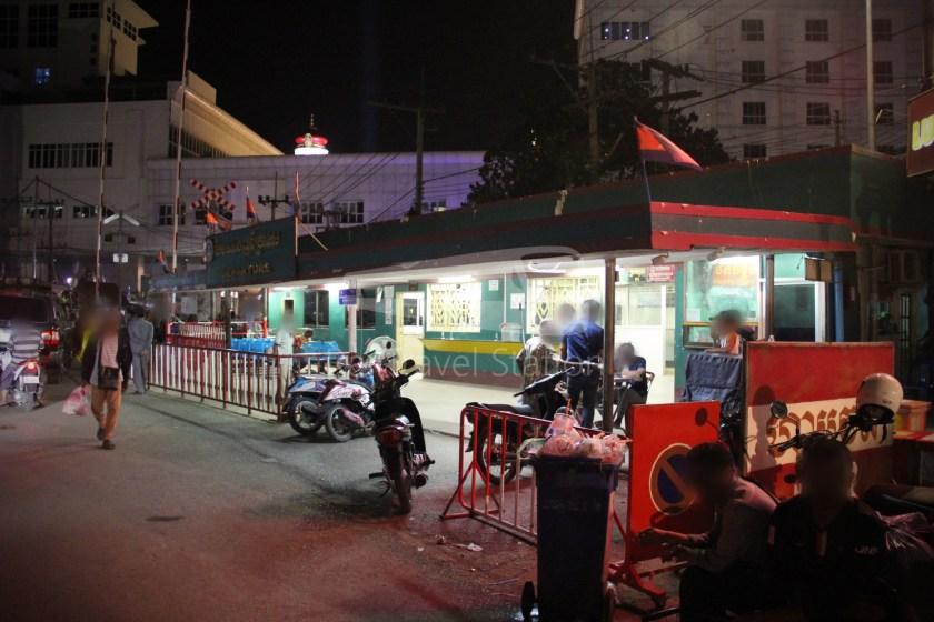 Poipet Ban Khlong Luk Walk 014