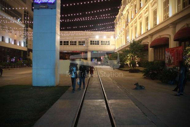 Poipet Ban Khlong Luk Walk 016