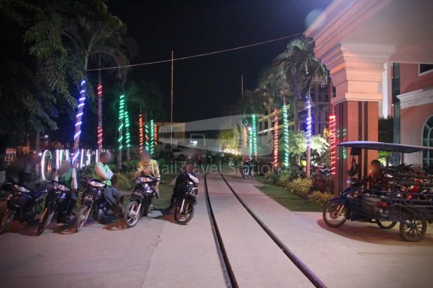 Poipet Ban Khlong Luk Walk 020