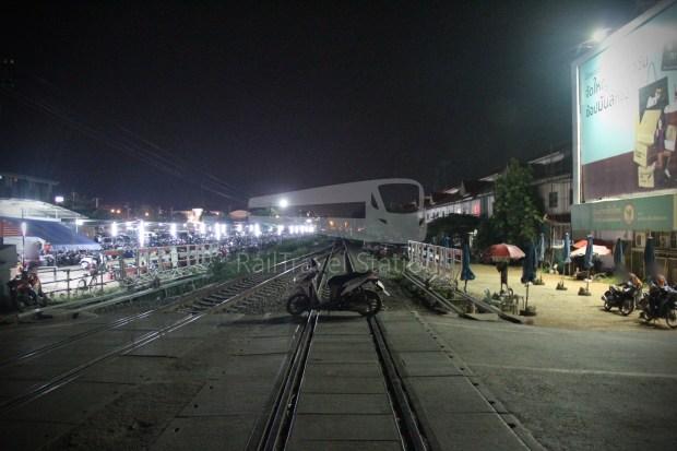 Poipet Ban Khlong Luk Walk 039
