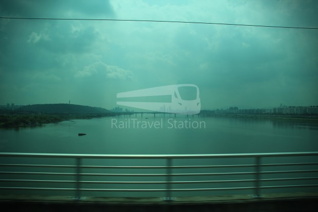 AREX Express Train Incheon International Airport Terminal 1 Seoul Station 070