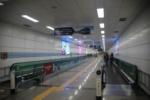 AREX Express Train Incheon International Airport Terminal 1 Seoul Station 089