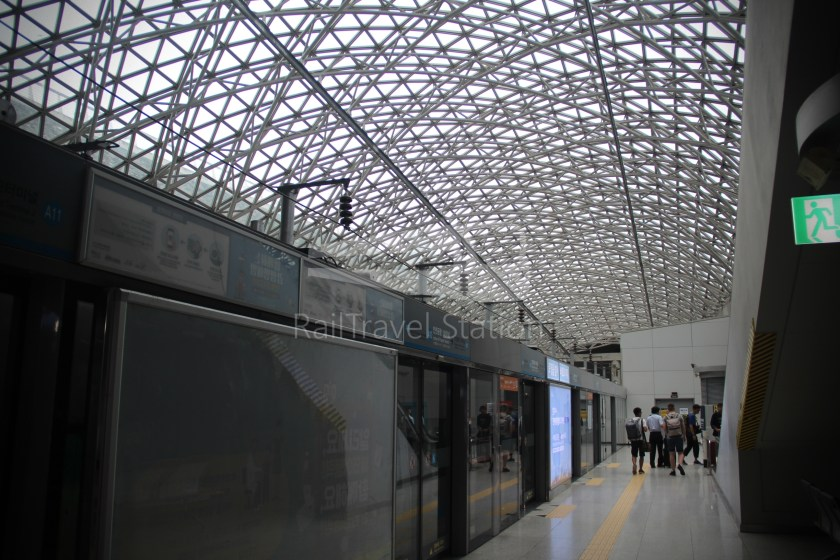AREX Express Train Seoul Station Incheon International Airport Terminal 1 048