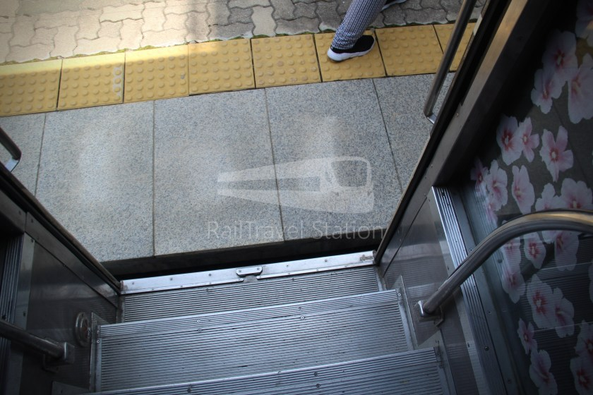 DMZ Train 4887 Seoul Dorasan 070