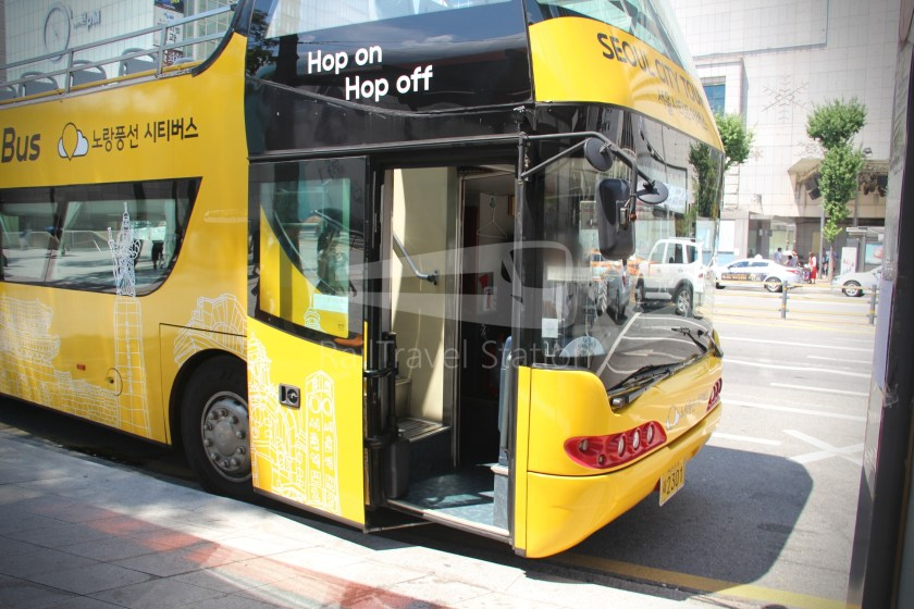 Yellow Balloon City Bus 005