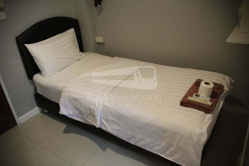 @Hua Lamphong Hotel Single 015