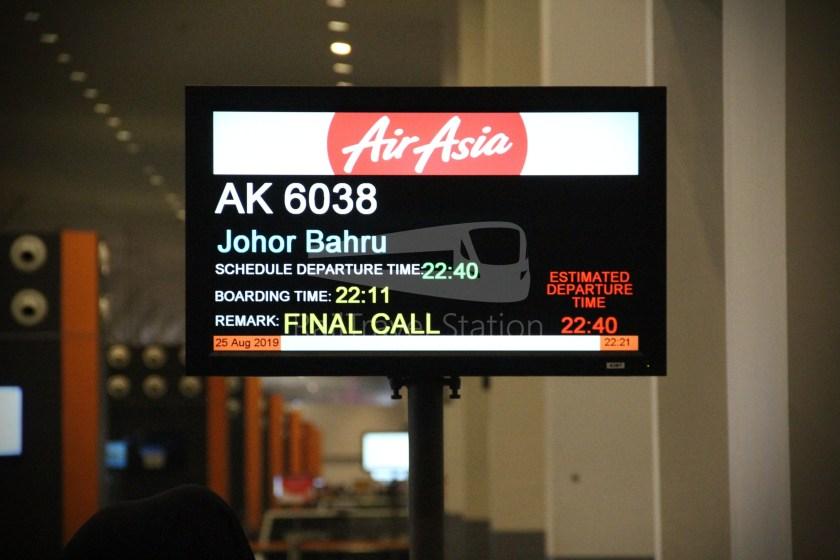 AirAsia AK6038 KUL JHB from MYY 009