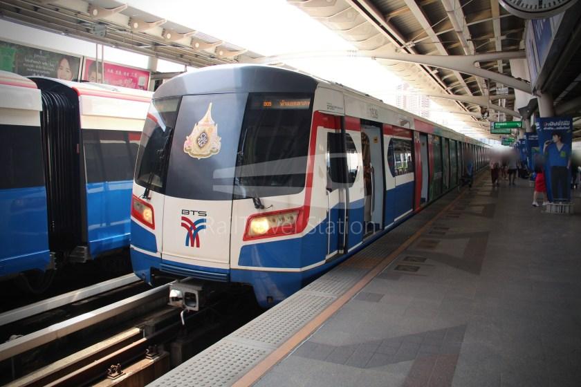 BTS Sukhumvit Line Ha Yaek Lat Phrao Extension 001