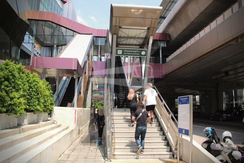 BTS Sukhumvit Line Ha Yaek Lat Phrao Extension 070