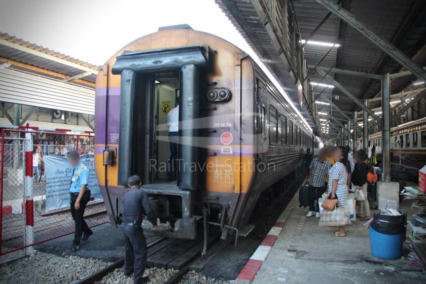 Special Express 46 Padang Besar Bangkok Hua Lamphong 060
