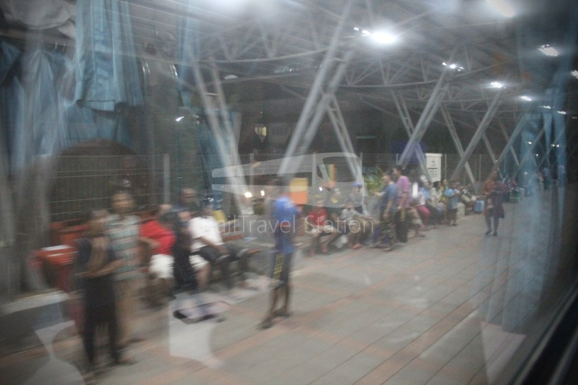 Special Express 46 Padang Besar Bangkok Hua Lamphong 079