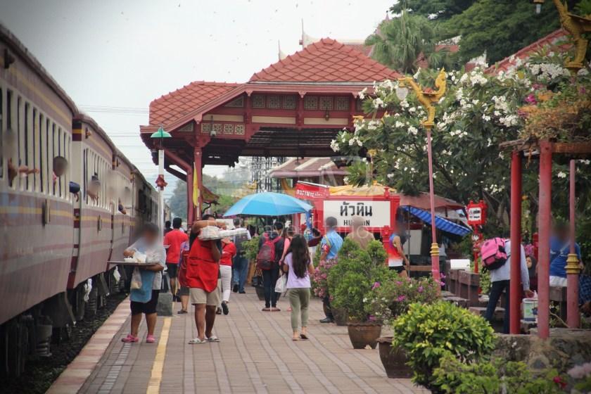 Special Express 46 Padang Besar Bangkok Hua Lamphong 084