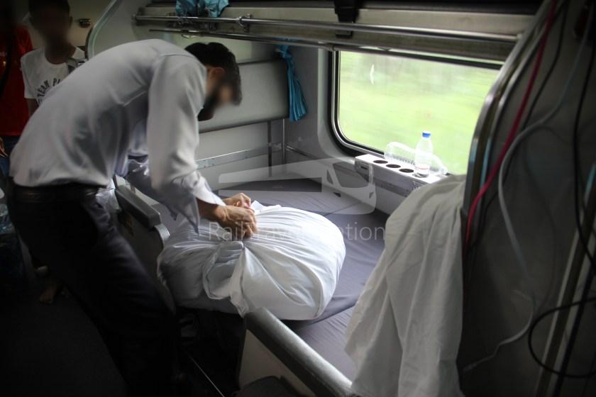 Special Express 46 Padang Besar Bangkok Hua Lamphong 117