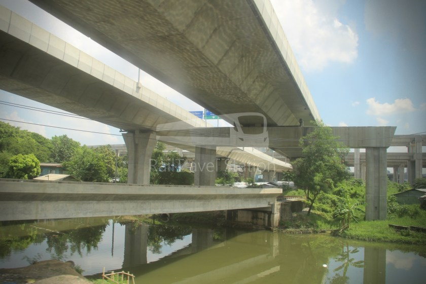 Special Express 46 Padang Besar Bangkok Hua Lamphong 135