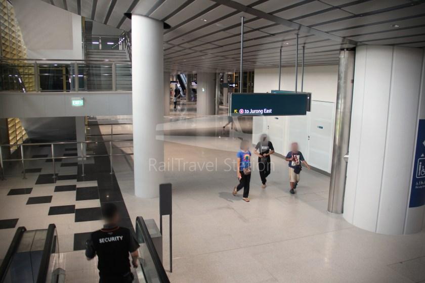 Canberra MRT Station 032
