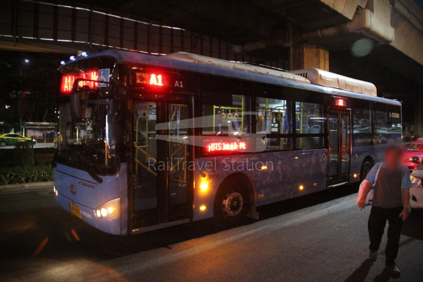 Don Mueang Airport Bus A1 DMK Mo Chit BTS 023