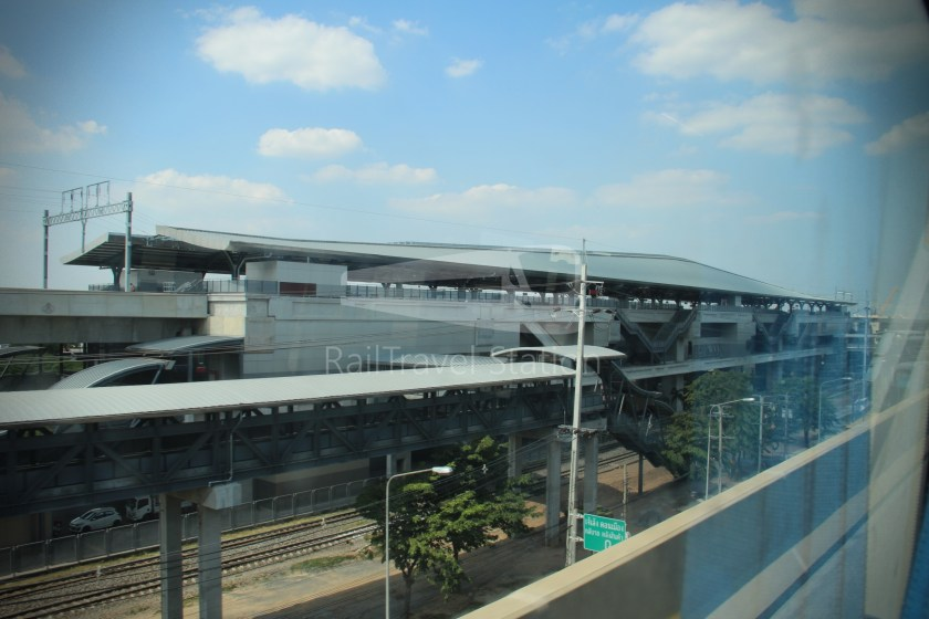 Don Mueang Airport Bus A1 Mo Chit BTS DMK 035