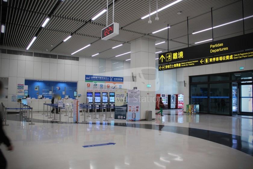 HZM Bus HZMB Macau Port HZMB Hong Kong Port 010