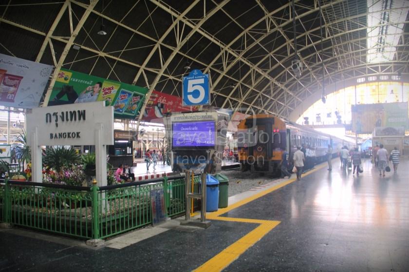 London to Singapore Day 38 Bangkok to Padang Besar 02
