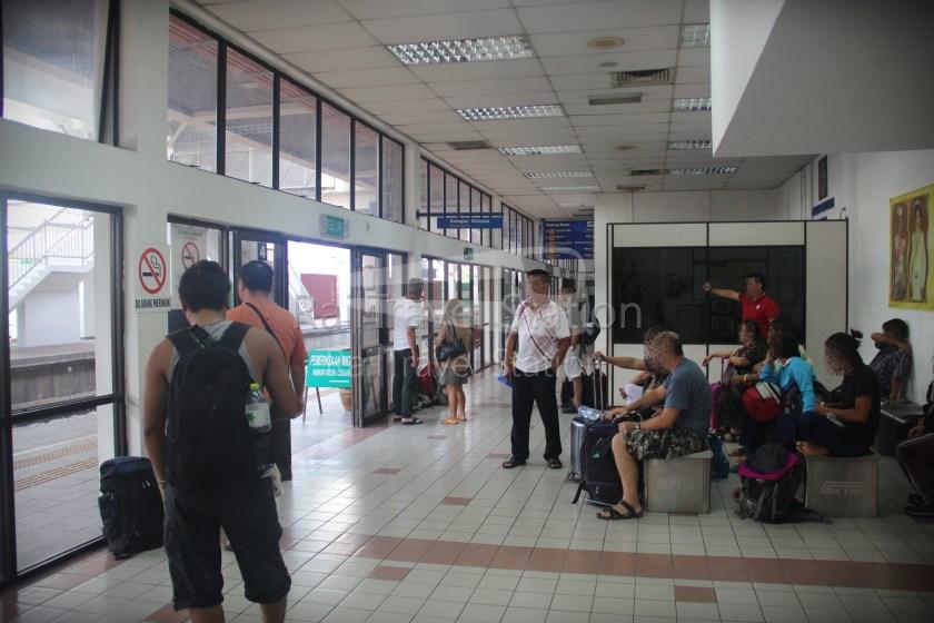 London to Singapore Day 39 Bangkok to Padang Besar to Kuala Lumpur 11