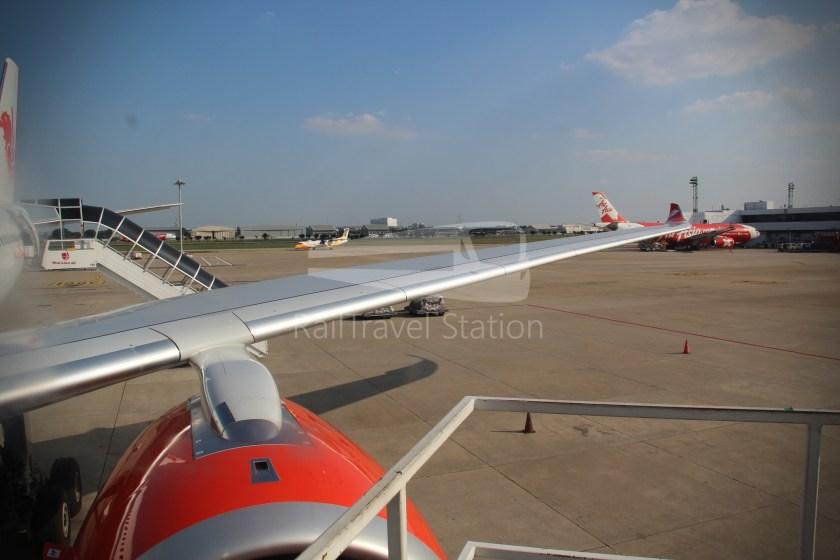Thai Lion Air SL104 DMK SIN 339 042