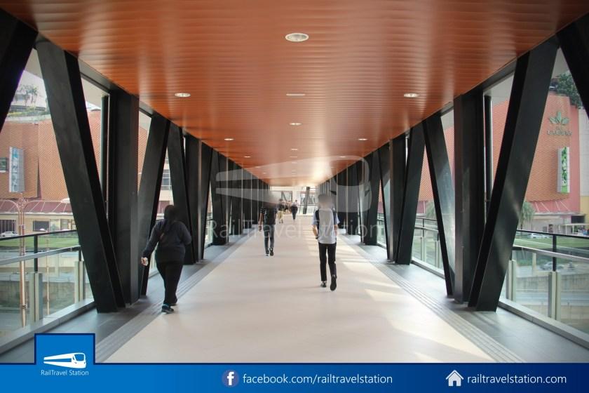 Abdullah Hukum LRT & KTM – KL Eco City – The Gardens Mid Valley Link Bridge 039