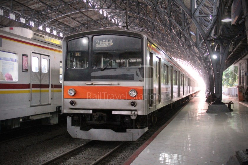 Musashino Line 205 Series Tanjung Priok 002
