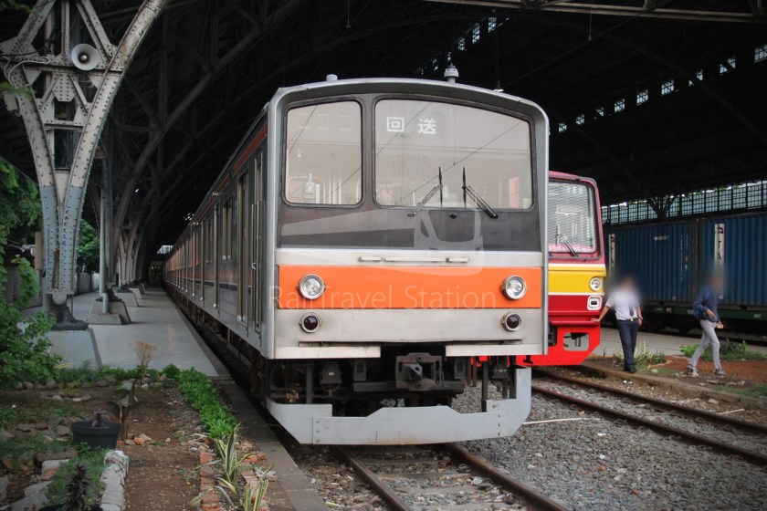 Musashino Line 205 Series Tanjung Priok 014