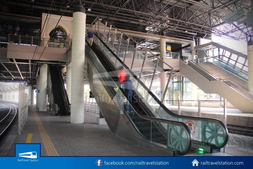 Pasar Seni LRT – Kuala Lumpur KTM Link Bridge 010