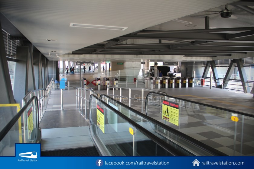 Pasar Seni LRT – Kuala Lumpur KTM Link Bridge 026
