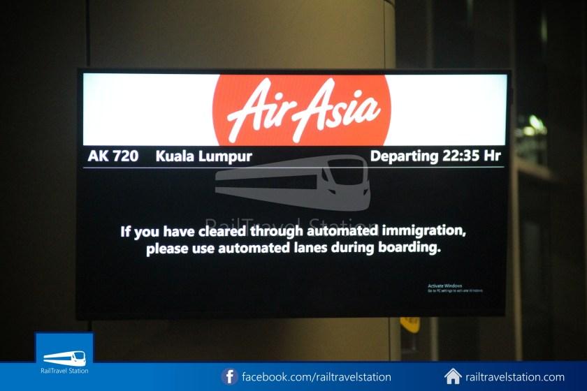 AirAsia AK720 SIN KUL Airbus A321neo 012