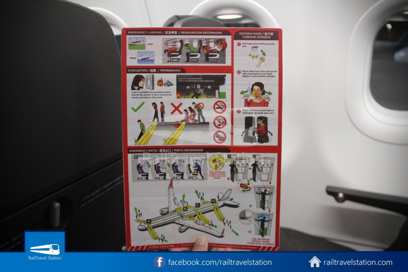 AirAsia AK720 SIN KUL Airbus A321neo 031