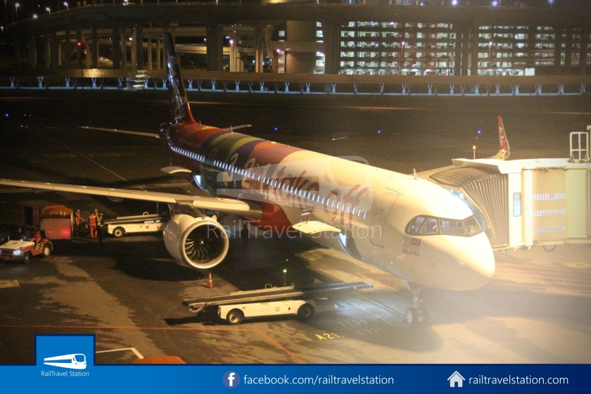AirAsia AK720 SIN KUL Airbus A321neo 057