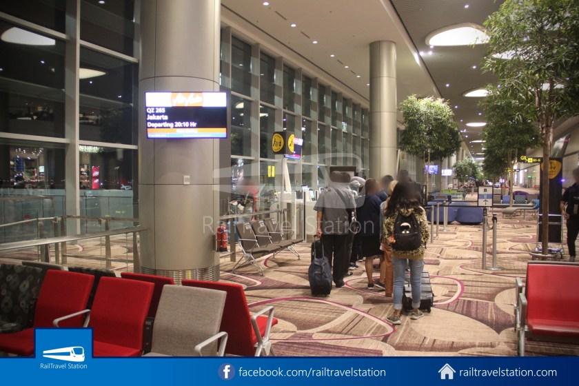 Indonesia AirAsia QZ265 SIN CGK 013