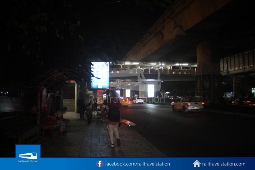 Don Mueang Airport Bus A1 DMK Chatuchak Park MRT 019