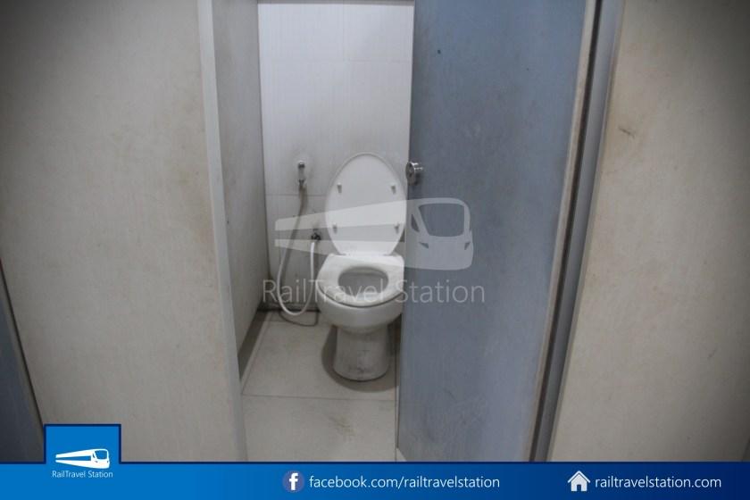 Hat Yai Railway Station Shower Room 006