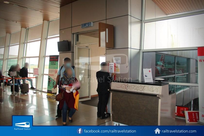 AirAsia AK5417 KCH JHB 025