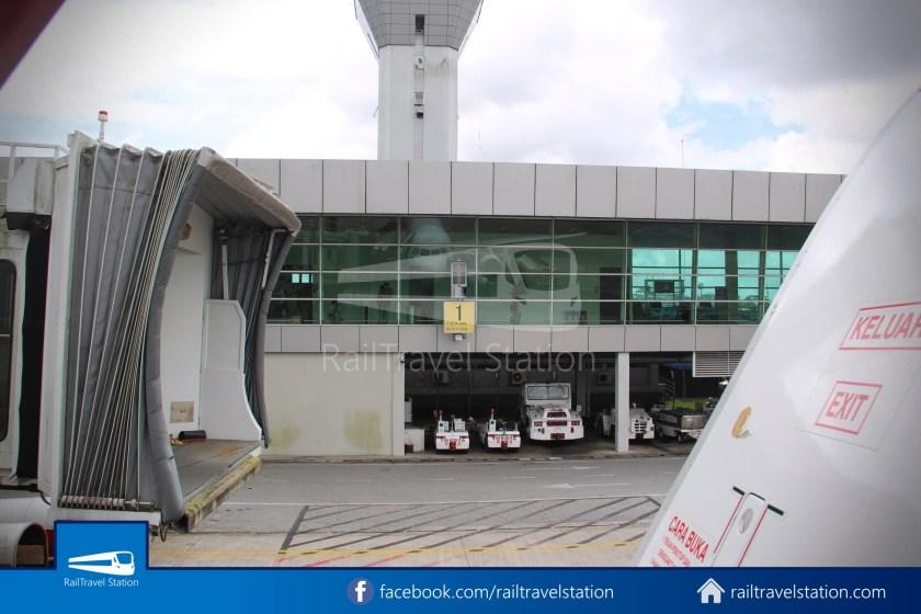 AirAsia AK5417 KCH JHB 037