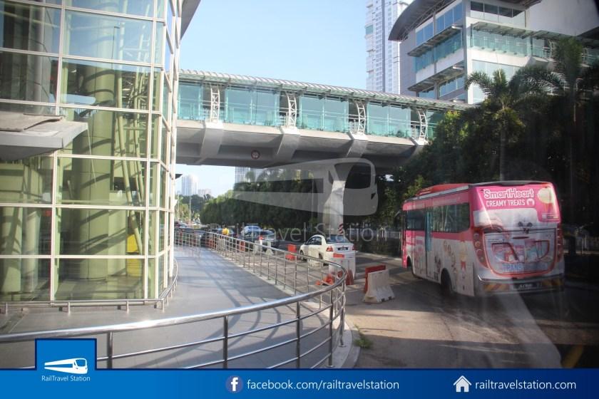 Causeway Link AA1 JB Sentral Senai Airport 9am 012