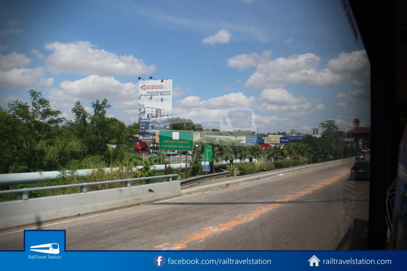 Causeway Link AA1 Senai Airport JB Sentral 3pm 016