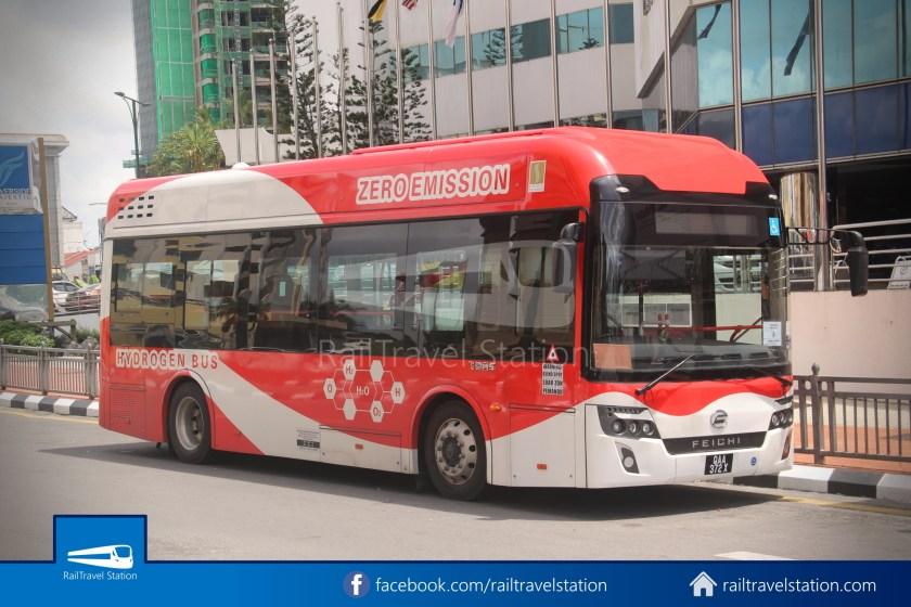 H2 Sarawak Damai Bus at Riverside Majestic 011