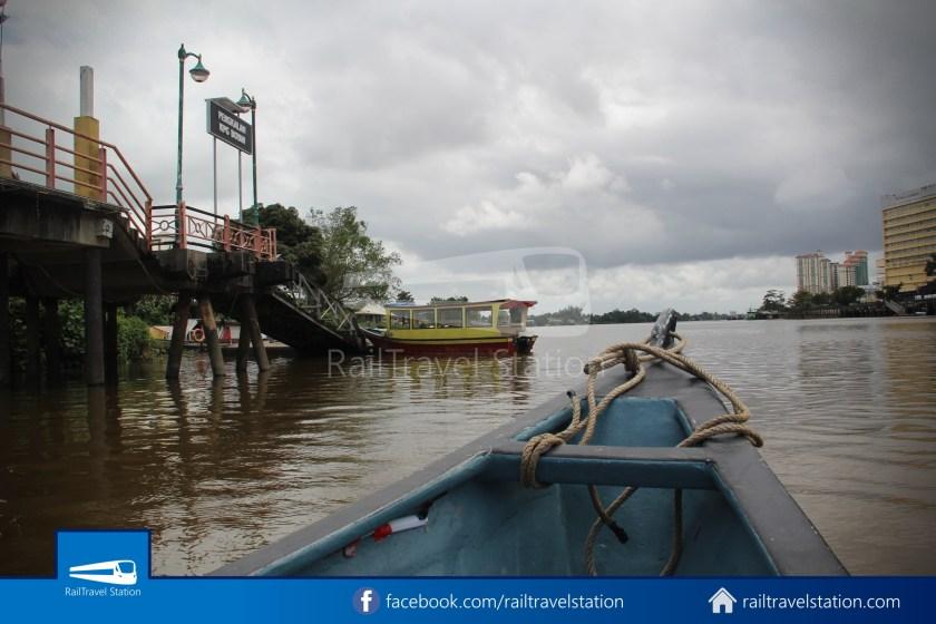 Kuching Penambang Kampung Boyan Waterfront 007