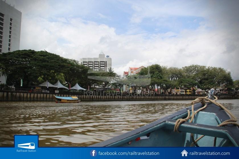 Kuching Penambang Kampung Boyan Waterfront 009