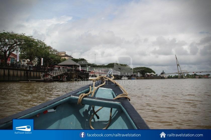 Kuching Penambang Kampung Boyan Waterfront 011